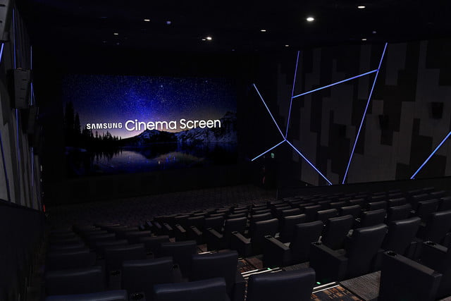 samsung-world-first-cinema-led-display-super-s-theater-angle-2-640x427-c